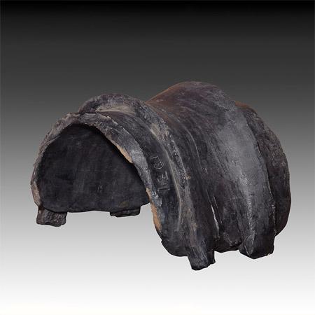 Vaea, Black Archaic Saddle, 1971